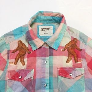 Western Wear embroidered Bigfoot snap-button plaid